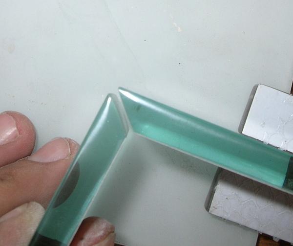 Glass Edging – Polishing, Beveling, Mitering, OG and Pencil